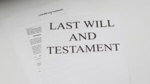 Read more about the article 6 Benefits of Writing a Will Before Your Death