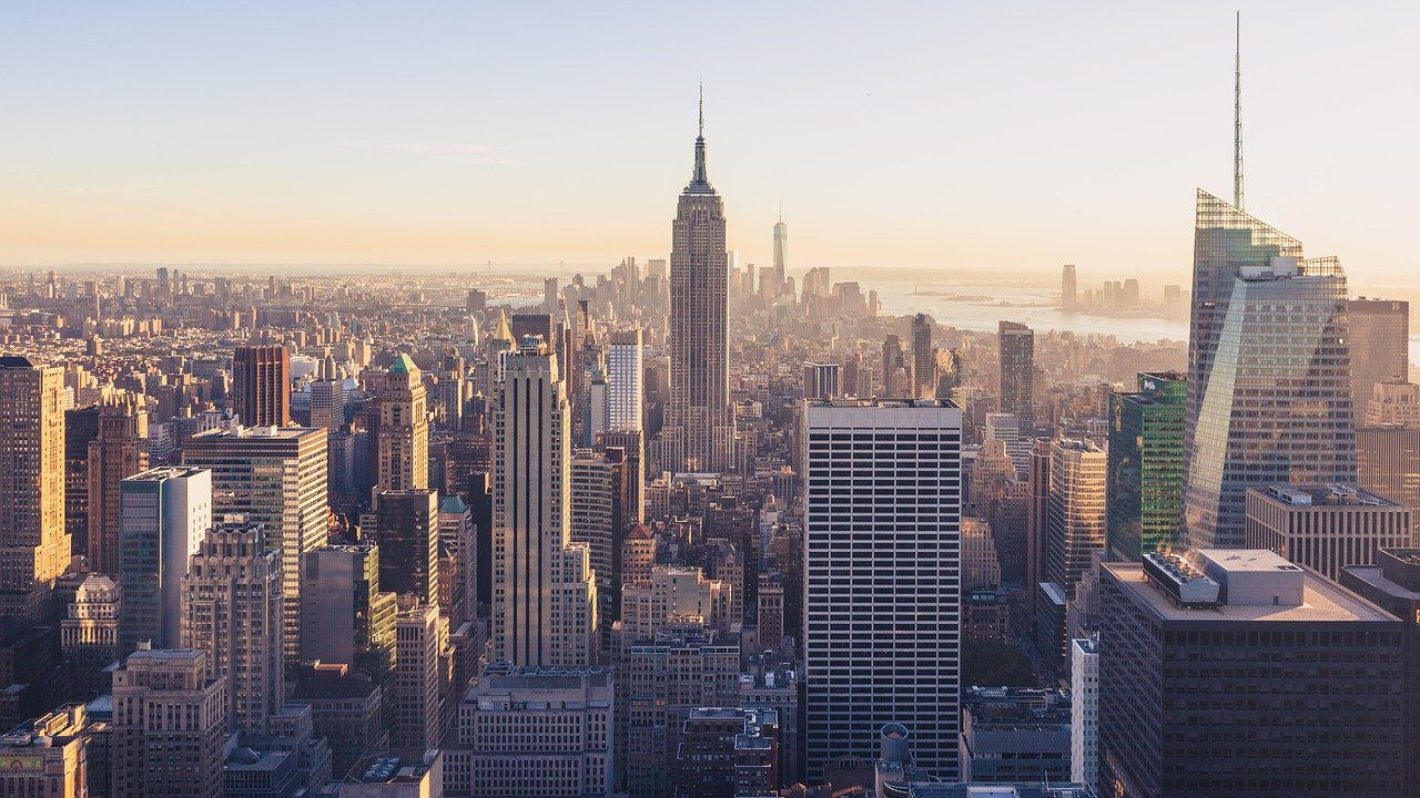 You are currently viewing Flying to New York- How to Gear Up for A Great Experience