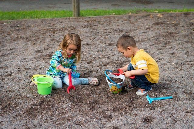 Playing sand