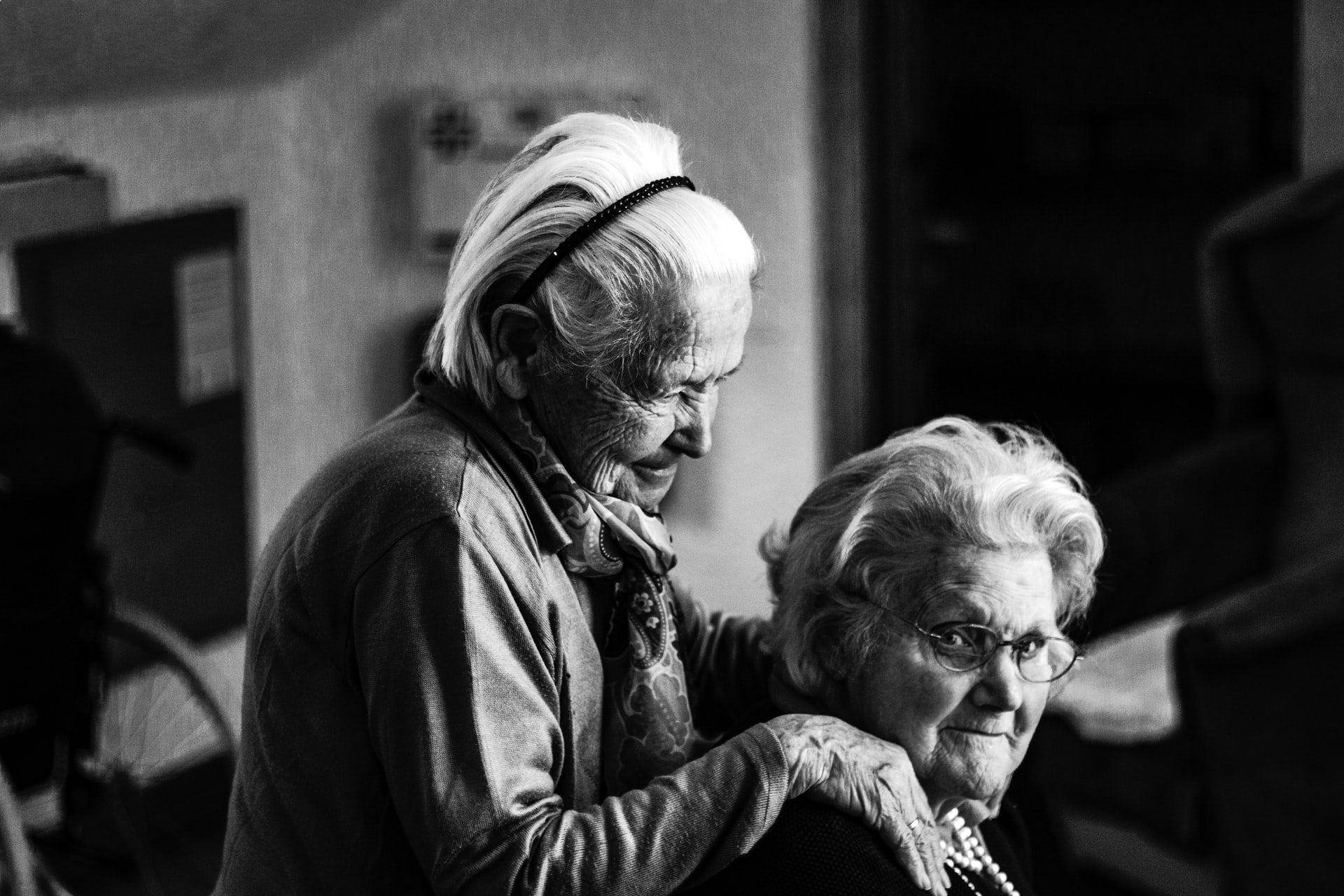 You are currently viewing How to Care For Someone With Dementia and Alzheimer's
