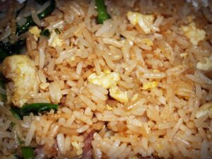 Read more about the article Fried Rice: A simple, cost-effective, no-waste recipe