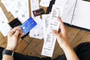 Read more about the article 7 Ways to Get Out of Credit Card Debt More Quickly