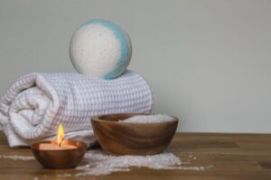 Read more about the article Top 5 Features to Consider When Buying a Bath Cushion for Tub