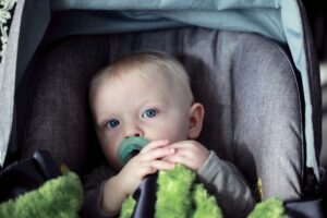 Read more about the article How to Ensure That Your Baby Is Safe in the Car