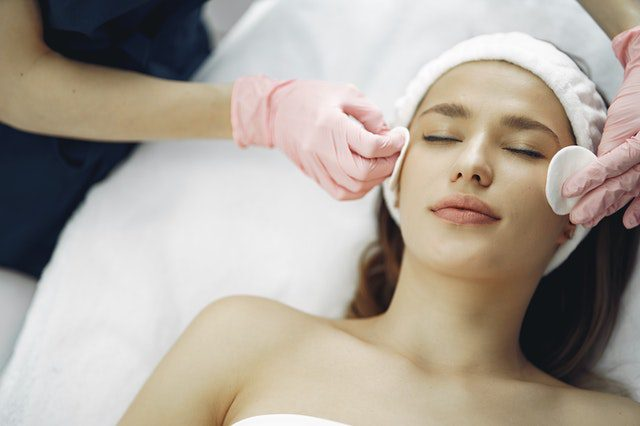 You are currently viewing Things to Know About Getting an Extraction Facial Treatment in Singapore